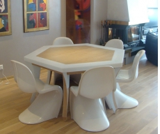 Table Hexagonale